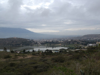 ECUADOR Laguna de Yahuarcocha to Otavalo