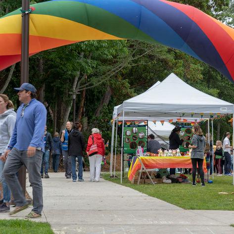 2019 Bainbridge Pride Rainbow Arch