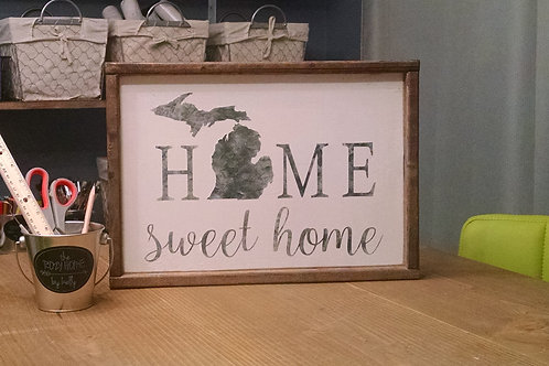 FRIENDSHIP : Home Sweet Home Wood Sign