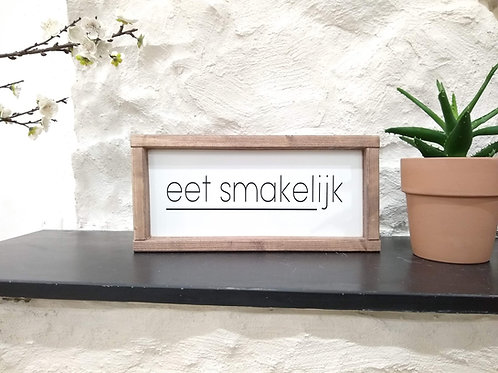 Eet Smakelijk Wood Sign