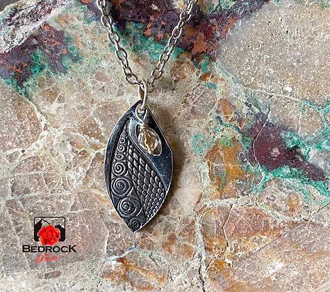 Dazzling Silver Textured Pendant with Crystal