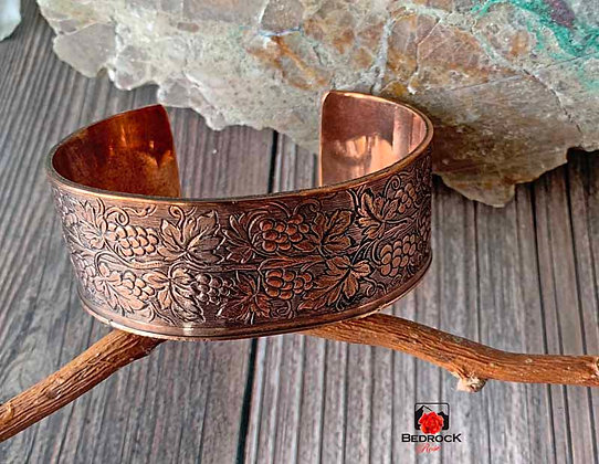 Cranston Wire Factory Grapevine Copper Cuff