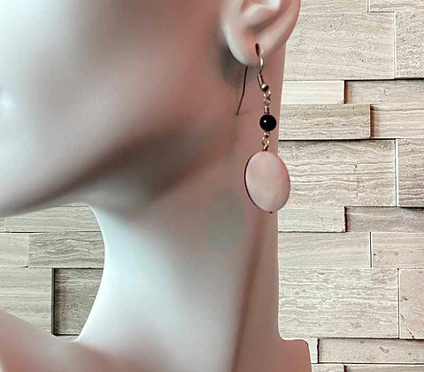 Pink Mother of Pearl Dangling Earrings Model