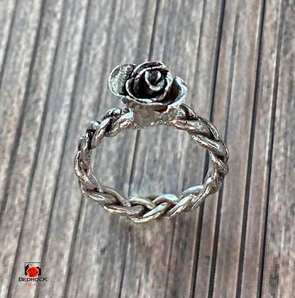 Silver Han- Sculpted Rose Ring Size 8