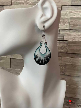 Black and White Enameled Open Circle Dangling Earrings