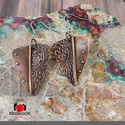 Chic Bronze Trillium Earrings