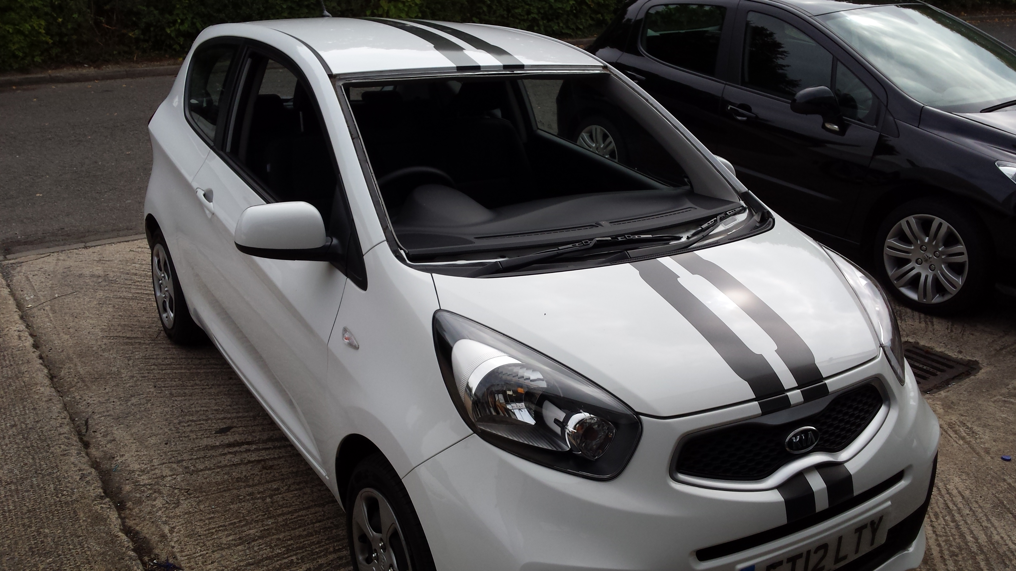 Kia Vinyl Graphics Stripes
