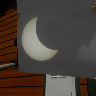 """A typiical view of the projection sceen on the 4 1/4"""" scope"""