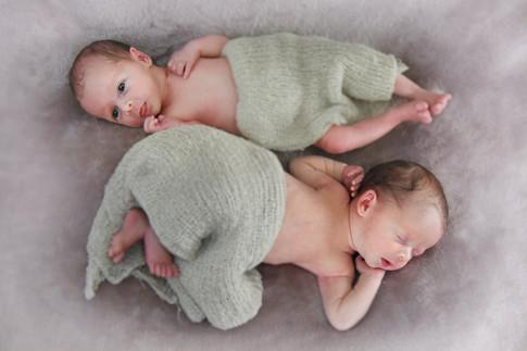 Twins_5.jpg