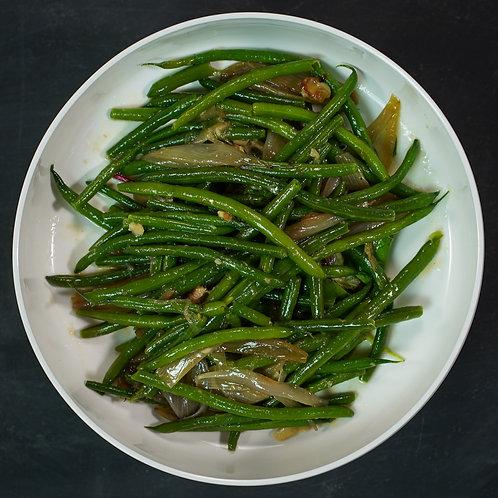 Green Beans, Shallots & Confit Garlic