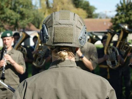 Neue Rekruten bei der Militärmusik
