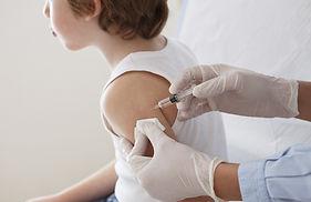 Das Impfen von A Child