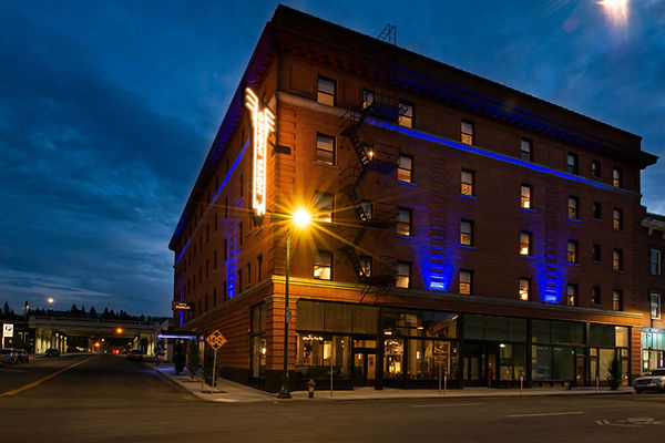 gegdg-hotel-indigo-exterior-night2.jpg