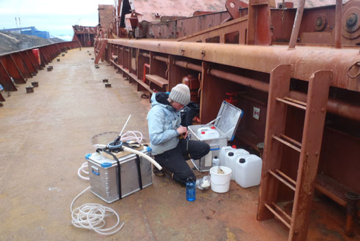 Ballast-water-sampling-in-Barentsburg_525px