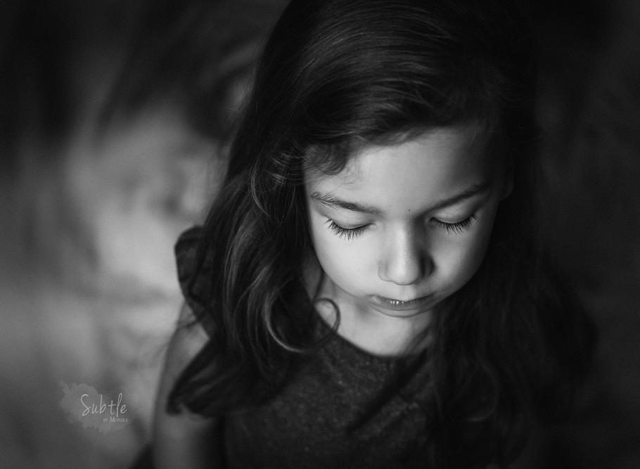 Black & White children photo