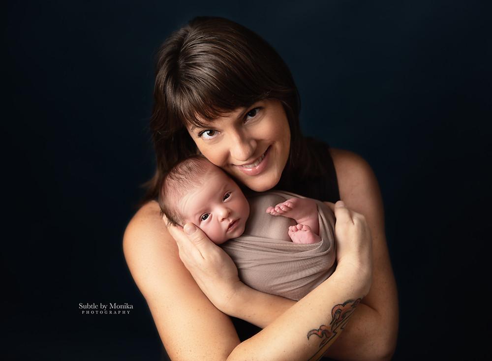 new born baby newborn session family