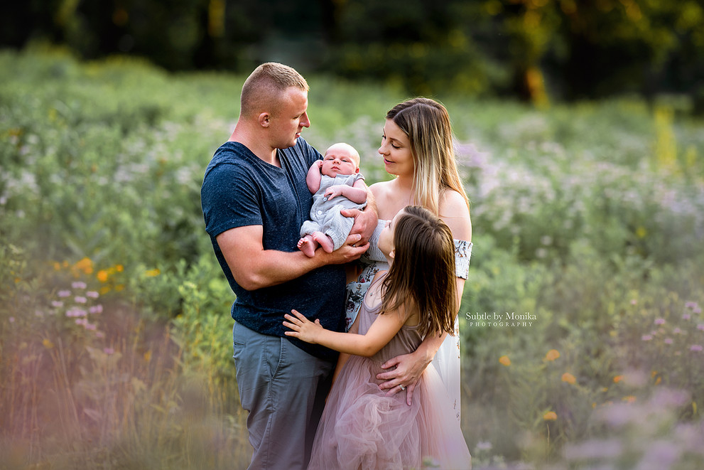 family photo session at the park summer