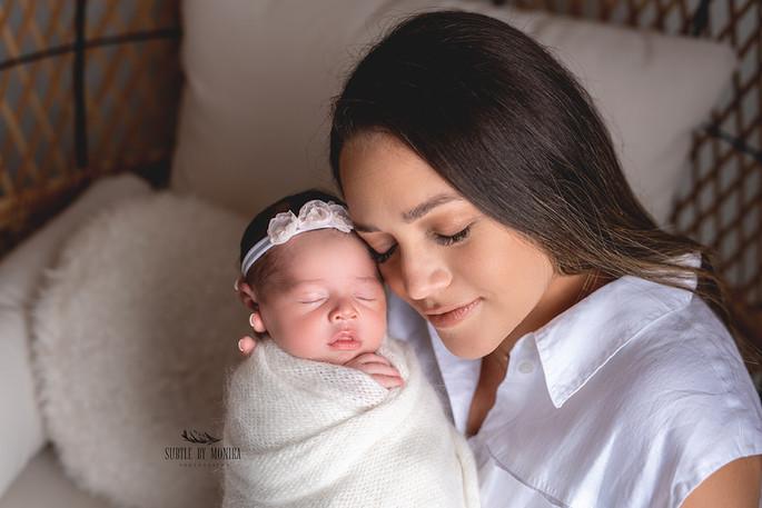 NJ newborn photo shoot Mercer County photographer