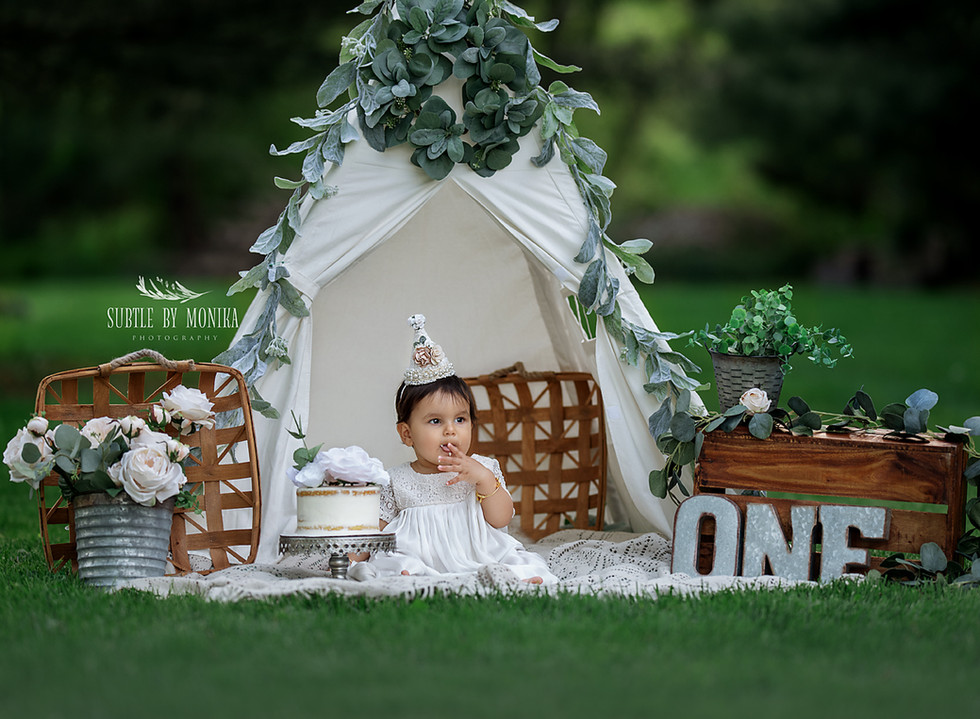 first birthday outdoor session