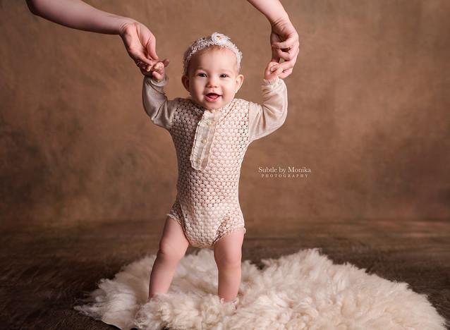 sitter milestone photo shoot