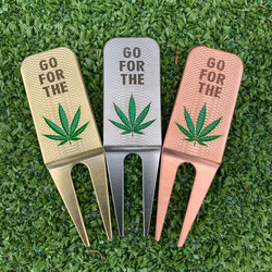 Go For The Green Divot Tools