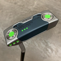 Tour Satin with Gray Anodised Sole/Face Plate