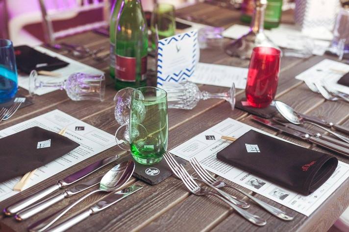 Print design for trendiest pop-up restaurant in Vienna