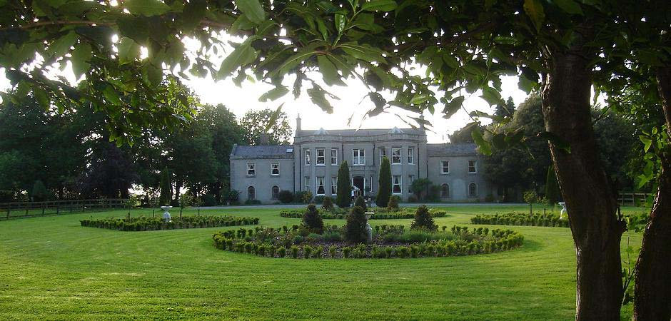 Springfield House operates as a bed & breakfast in Celbridge, Co. Kildare