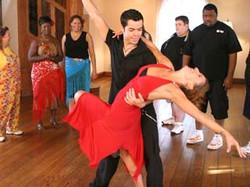 menina & noah dancing - celebrity fit club