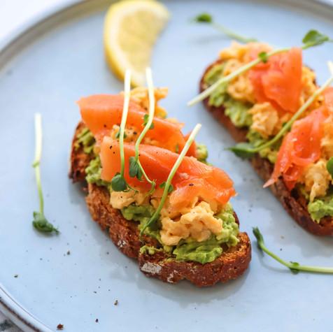 avocado-scrumbled-egg-salmon-toast-3.jpg
