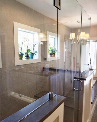This master bathroom is coming out to be a show stopper! ._._#kitchenandbathplus #orlando