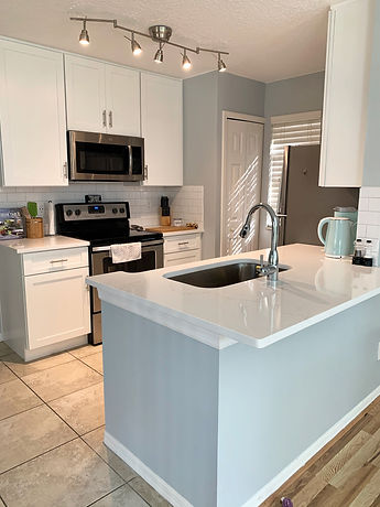 After photo of kitchen remodel for townhome in Altamonte Springs