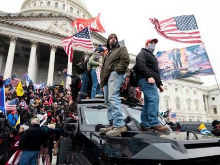 Los Sucesos en el Capitolio de los Estados Unidos por Alejandro Torres