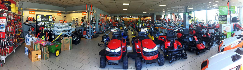 abribat-pamiers-magasin-tracteurs2.jpg