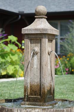 web-4220-fountain.jpg