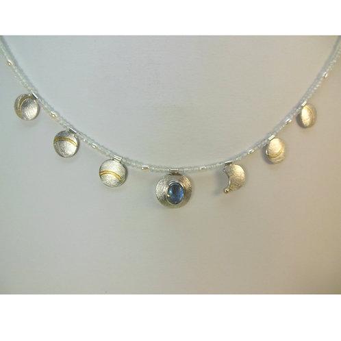 Halskette mit Mondstein, Symbolschmuck