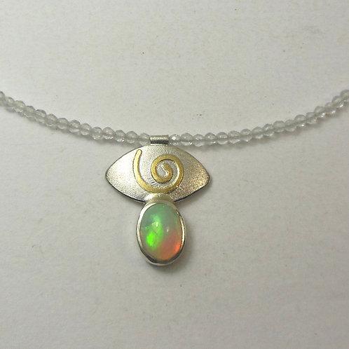 Halskette mit Opal Anhänger