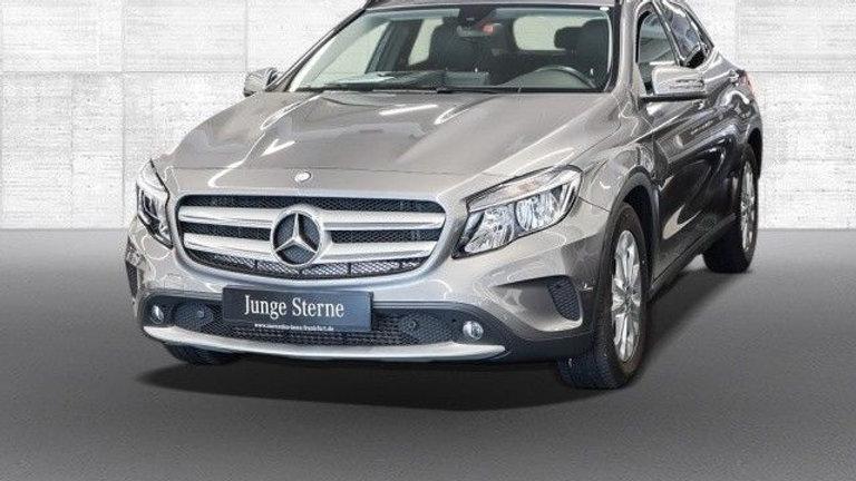 Mercedes-Benz GLA 180 d Style Kamera Navi PTS 7G-DCT