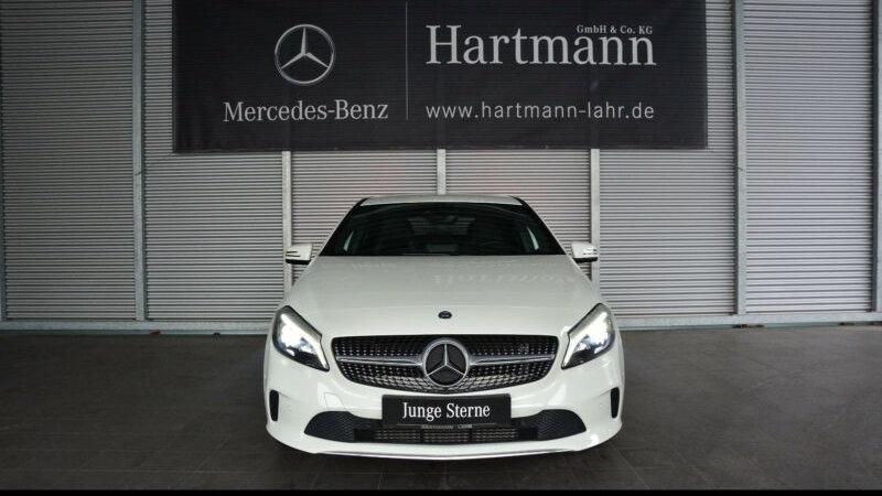 Mercedes-Benz A 200 d Urban LED Navi SHZ Klimaautomatik Kamera