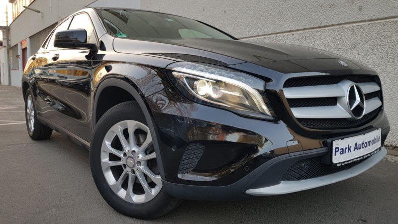 Mercedes-Benz GLA 200d Navigation*Bi-Xenon