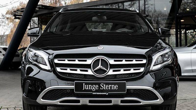 Mercedes-Benz GLA 180 d*Urban*Parktronic*Navi*Tempomat*LED*