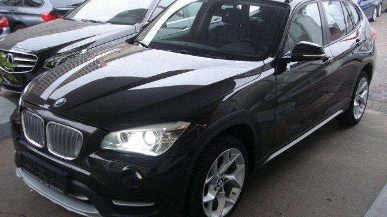 BMW X1 xLine sDrive 18d Autom,Teilleder,Navig.,Xenon