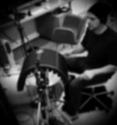 juan laya picture recording drums LCO imagenes