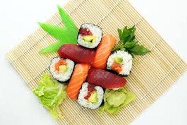 Auf Anfrage sind auch 3- und 4-teilige Sushi Schalen erhältlich !!