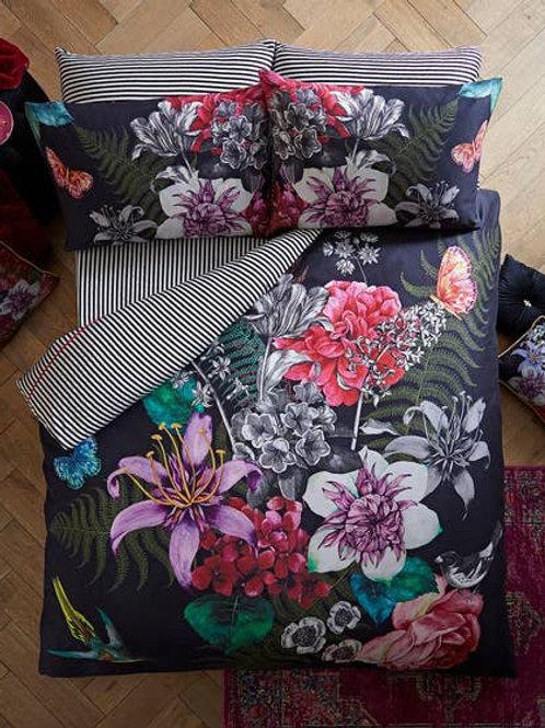 Joe Browns Bold Floral Duvet Set zb045ad