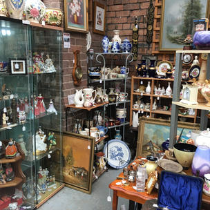 China & Collectables A7
