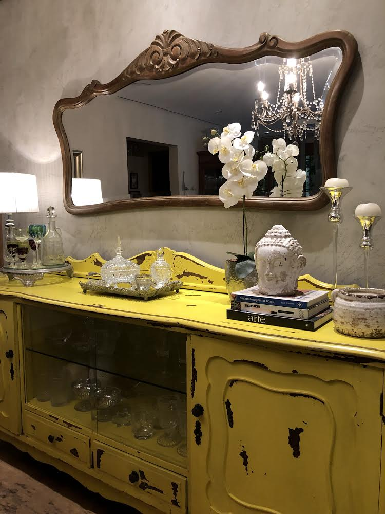 Buffet Amarelo