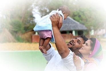 family-2655509_1920_edited.jpg