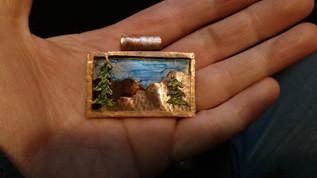 Mountain pendant