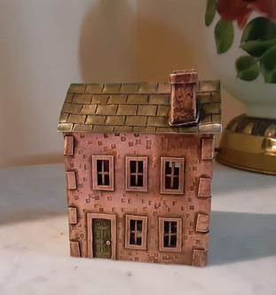 Lehigh House - $425